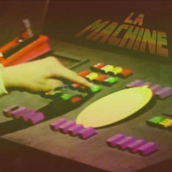 LA MACHINE PHASES AND REPETITION